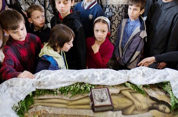 Вынос плащаницы в храме свт. Николая в Кузнецах (10)