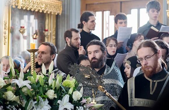 Вынос плащаницы в храме свт. Николая в Кузнецах (4)