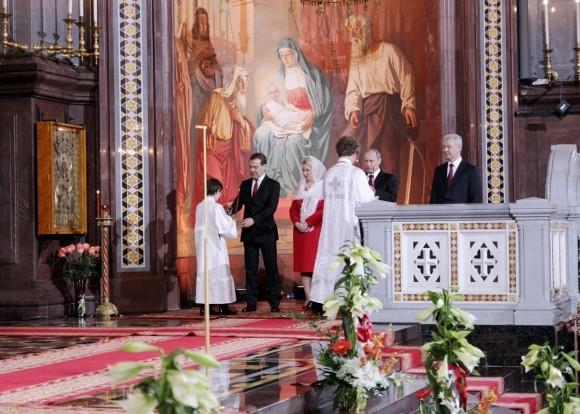 Пасха в храме Христа Спасителя (19)