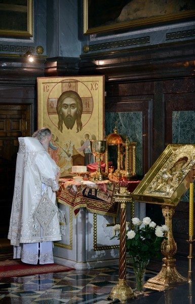 Пасха в храме Христа Спасителя (3)