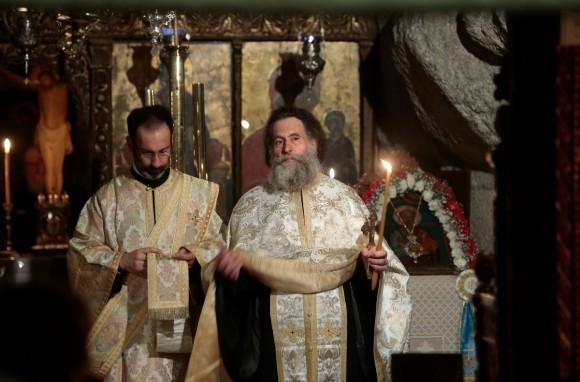 Всенощная в пещере Откровения в день Иоанна Богослова