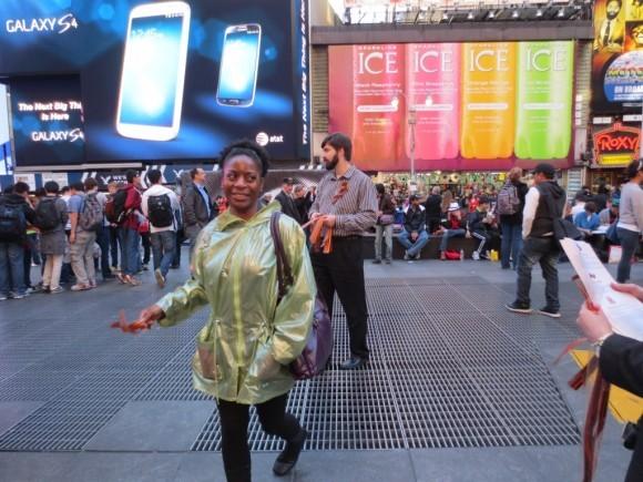 Георгиевская ленточка на улицах Нью-Йорка (4)