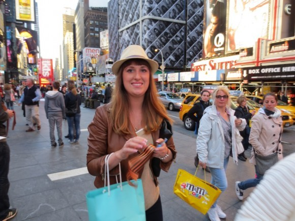 Георгиевская ленточка на улицах Нью-Йорка (15)