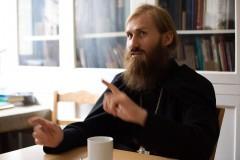 Иеромонах Иосиф (Павлинчук): Об экстренном изучении французского, 30 евро от старца и настоящем смирении