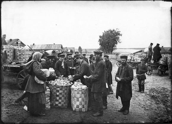 Ложкарный базар в городе Семенове. 1897 г. Негатив 18х24 см
