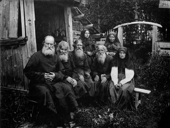 Типы старообрядцев. Шарпанский скит в Семеновском уезде. 1897 г. Негатив 18х24 см