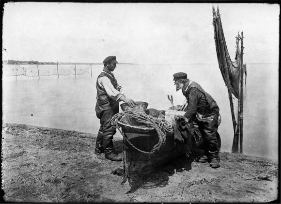 Осташковские рыбаки. Негатив 18х24 см