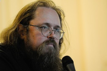 Протодиакон Андрей Кураев: Говоря о вреде интернета, Патриарх пытается пресечь образование группировок внутри Церкви (+ВИДЕО)