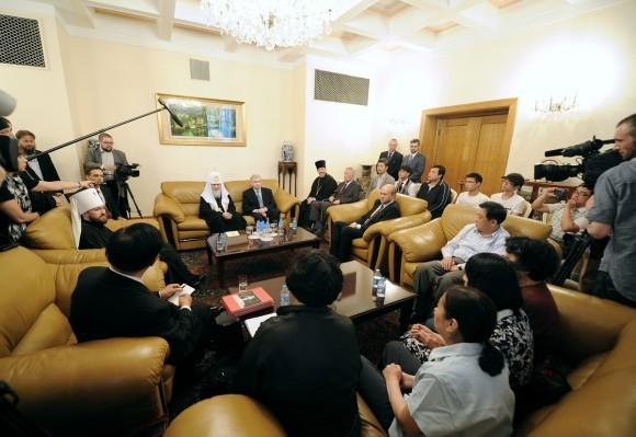 Встреча Патриарха с православными Китая