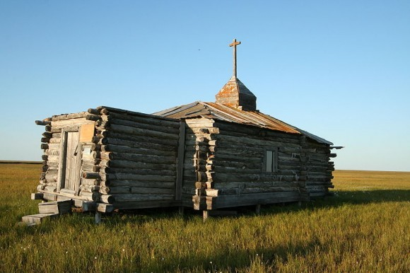 Разрушенная Станчиковая церковь в Русском Устье