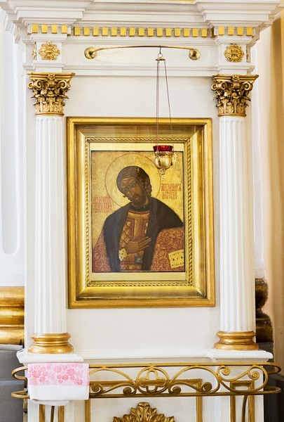 Поясная икона святого князя Александра Невского XVIII века из собрания домашних икон священномученика митрополита Серафима (Чичагова)