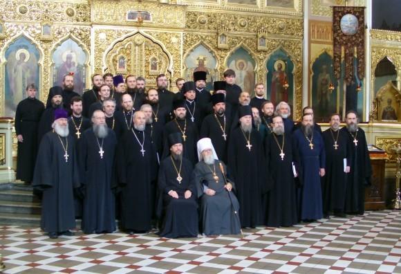 Духовенство ЭПЦ на Поместном Соборе в мае 2012 года