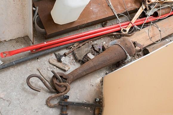 На колокольне также продолжаются реставрационные работы.