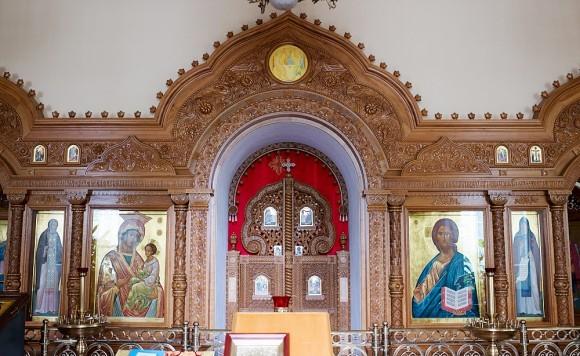 На месте кельи святого прп. Серафима Вырицкого устроен храм в его честь