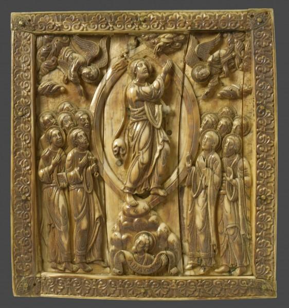 20.Фрагмент амвона из кости. Германия. Кельн. XII в. Англия. Лондон. Музей Виктории и Альберта