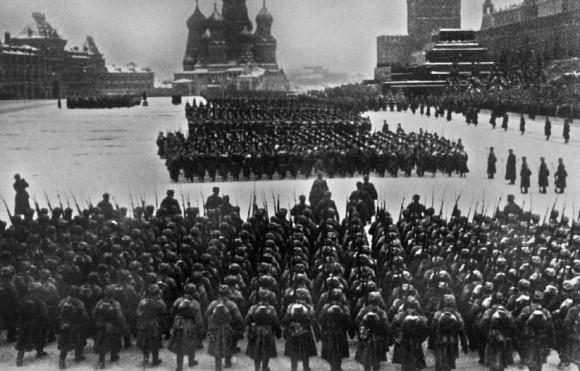 32. Красная площадь в день парада. 7 ноября 1941 г.