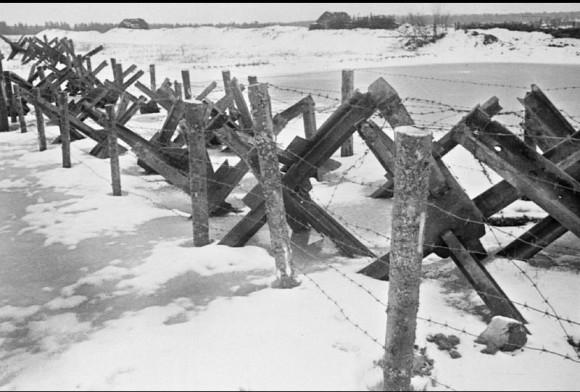 33. Линия укреплений вокруг Москвы. Осень — зима 1941 г.
