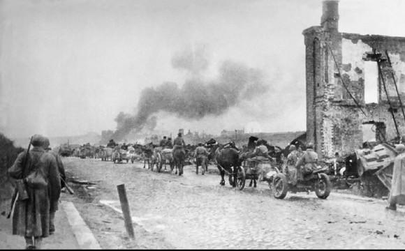 40. Наши войска вошли в Ельню. 6 сентября 1941 г.