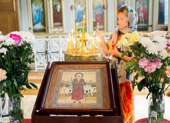 Блаженная Ксения Петербургская была причислена к лику святых в 1988 году на Поместном Соборе Русской Православной Церкви. Этому способствовали ее многолетнее молитвенное почитание в народе, сопровождавшееся многочисленными чудесами.
