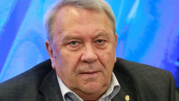 Академик Владимир Фортов