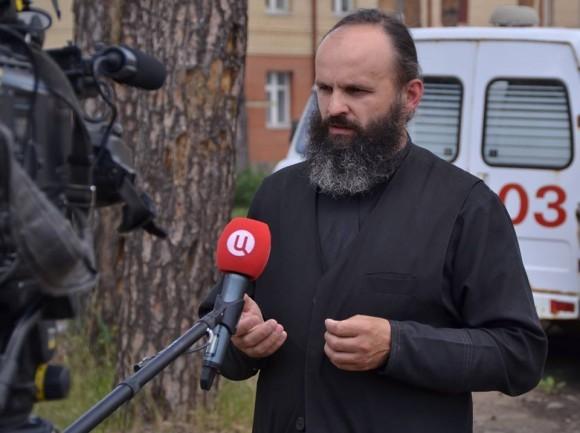 священник Александр Аниканов