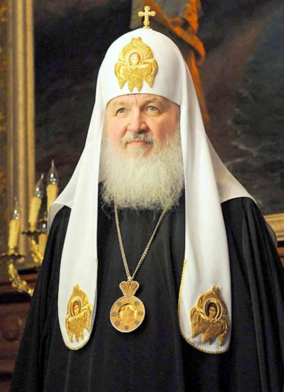 Патриарх Кирилл призвал решать проблему непонимания церковнославянского языка без литургической реформы