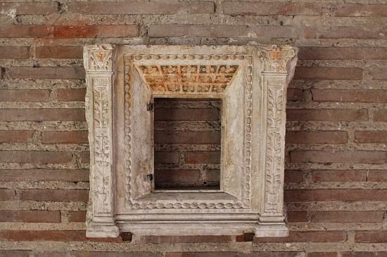 29044-sant-apollinare-classe-ravenna-narthex-artifact