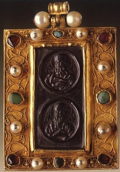 Наперсная икона. Византия. XIV в. Монастырь Ватопед, Афон, Греция