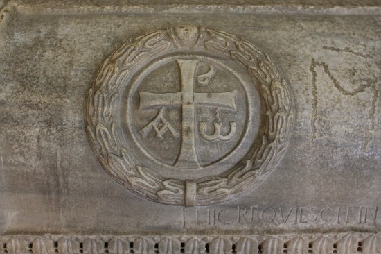 29252-sant-apollinare-classe-ravenna-sarcophagus-theodorus