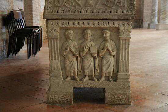 29276-sant-apollinare-classe-ravenna-sarcophagus-twelve-apostles