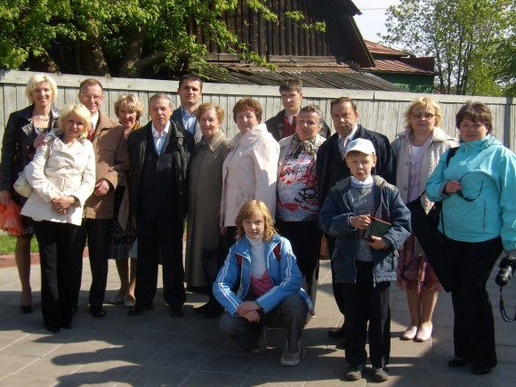 Семья Пятикрестовских на 75-летии Константина Пантелеймоновича, внука священномученика Константина