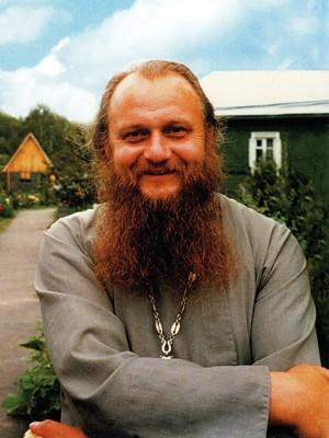 Священник Анатолий Яковин