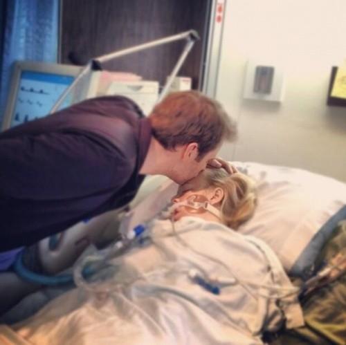 День, когда моя жена пришла в себя после двойной трансплантации (сердце, лёгкое).