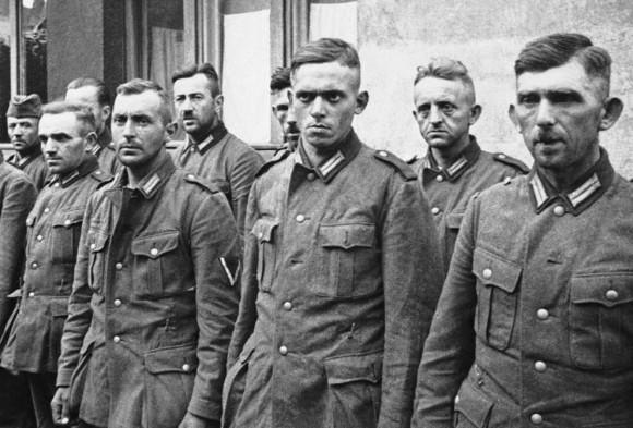 Немецкие солдаты, взятые в плен польской армией во время сентябрьской кампании 1939 года