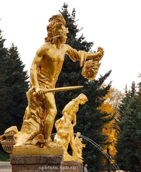 Персей. Скульптура Большого каскада
