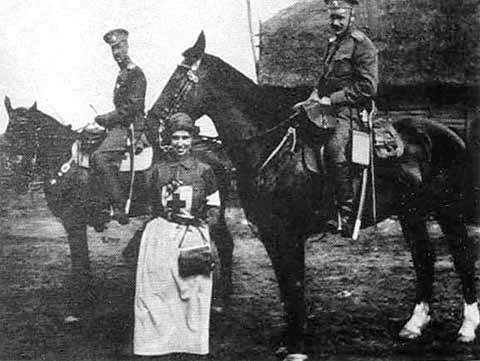 П. Н. Врангель, О. М. Врангель, полковник фон Валь