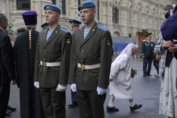 Участники крестного хода