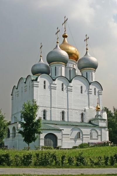 Собор Смоленской иконы Божией Матери Новодевичьего монастыря. 1524-1525 г. Москва