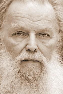 Священник Павел Адельгейм. Фото: Лев Шлосберг