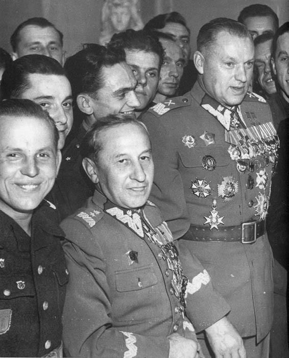 Министр Национальной обороны ПНР маршал Польши Рокоссовский К.К. Варшава,1952