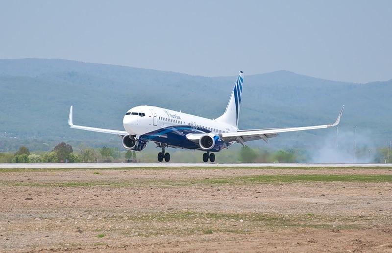 """5. Вынужденную посадку в аэропорту Шымкента совершил самолет Боинг-737-800 авиакомпании  """"КОRЕNDОН """"..."""