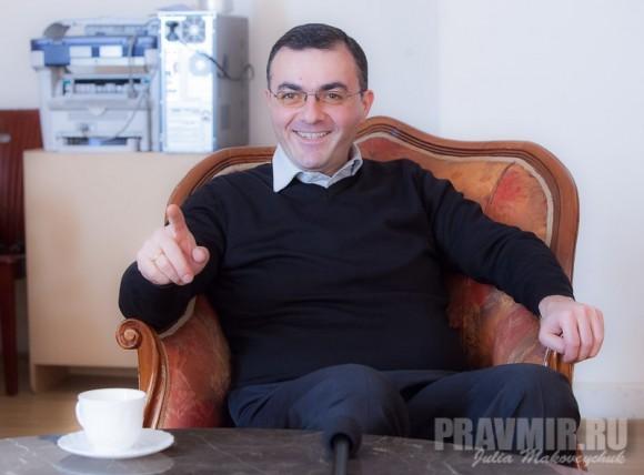 Главный менеджер Международного Благотворительного Фонда Католикоса-Патриарха всея Грузии Илии II Лаша Жвания