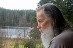 Отец Павел: приглашение к диалогу