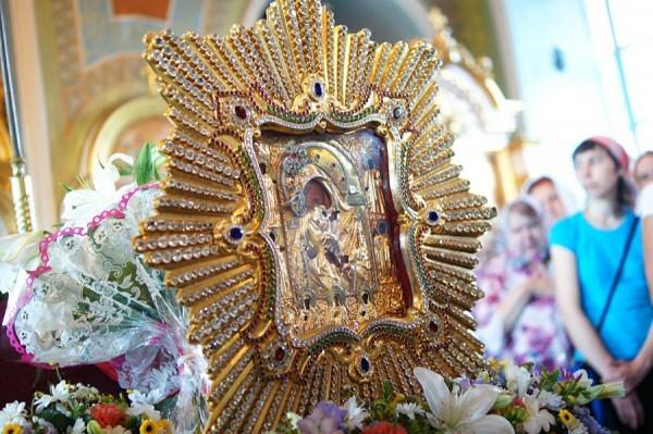 Церковь чтит Почаевскую икону Божией Матери