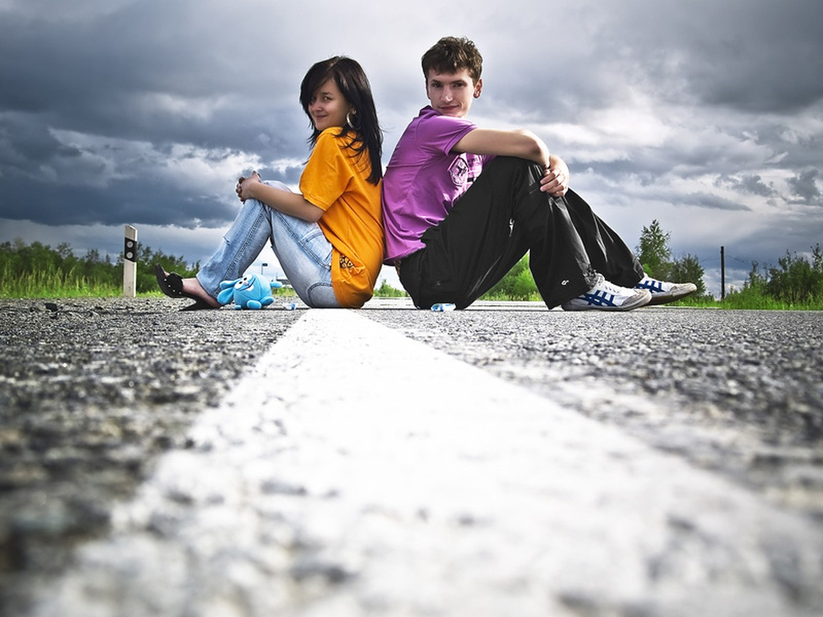 Интимные отношения до брака: как говорить с подростком об ...: http://www.pravmir.ru/intimnye-otnosheniya-do-braka-kak-govorit-s-podrostkom-video/