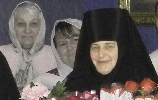 lyudmila-v-den-monasheskogo-postriga01-600x490