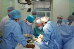 Краснодарские онкологи успешно удалили 35-сантиметровую опухоль из живота мужчины