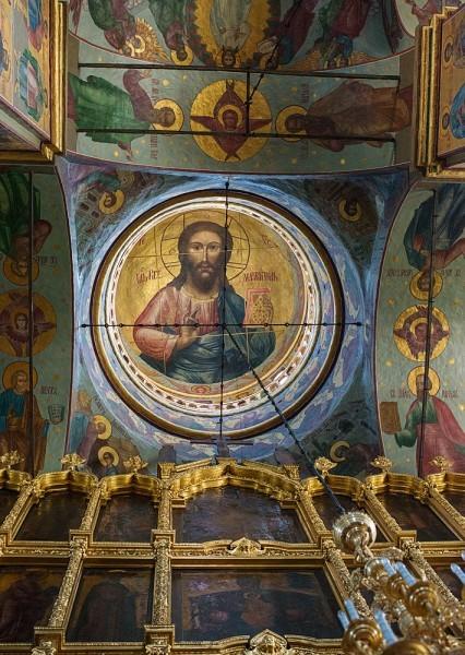 Когда-то в Преображенском соборе находился архив НКВД, именно это и спасло храм от полного разорения и уничтожения