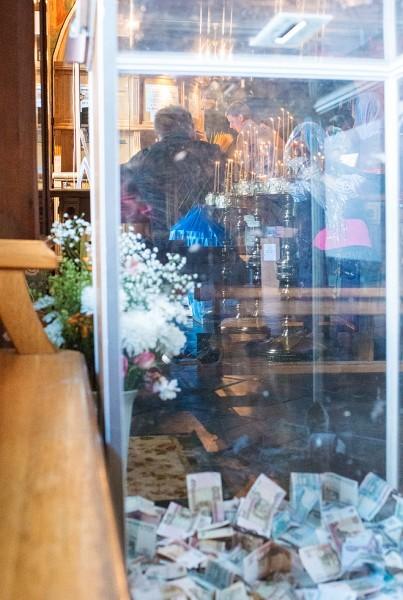 Более года в Новоспасском монастыре осуществлялся сбор пожертвований для отливки тысячепудового колокола. Этот колокол именуется Романовский в честь четырехсотлетия восшествия на престол дома Романовых