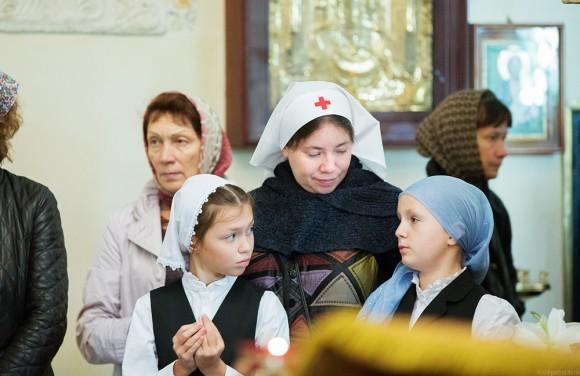 С начальницей Елизаветинского детского дома Натальей Юрьевной Кулавиной